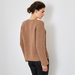 Chunky V-neck cashmere sweater in caramel 4